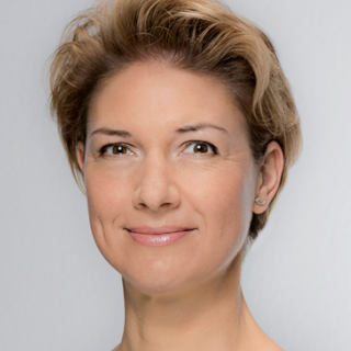 Dr. Alexandra Sußmann